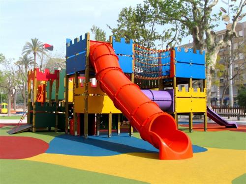Caucho en granzas para parques infantiles